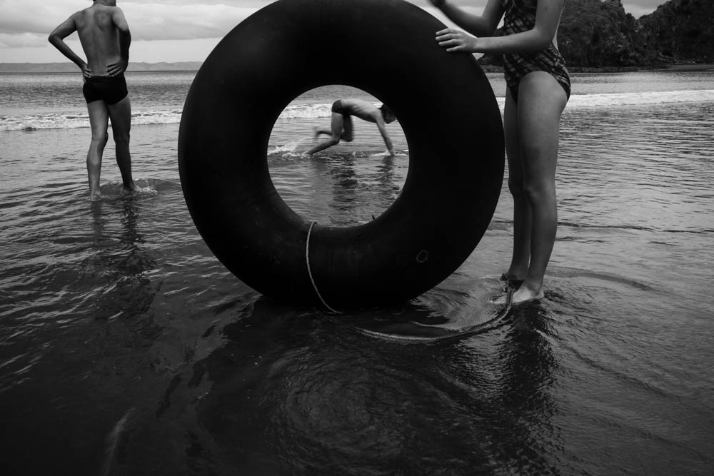 The Family Photographer Podcast Jenny Stein Interview with Niki Boon photo of kids in water with innertube