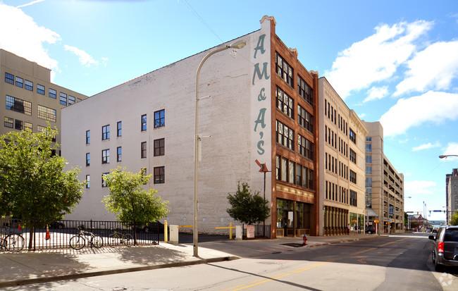 amas-warehouse-lofts-buffalo-ny-primary-photo.jpg