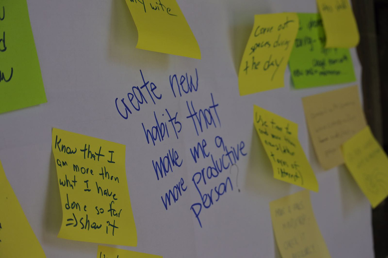 unbeatenstudio-redesign-your-life-workation-post-its-personal-design-thinking.jpg