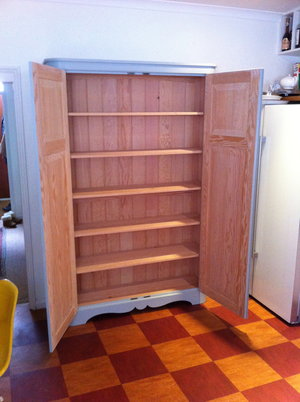 Douglas Fir Cupboard