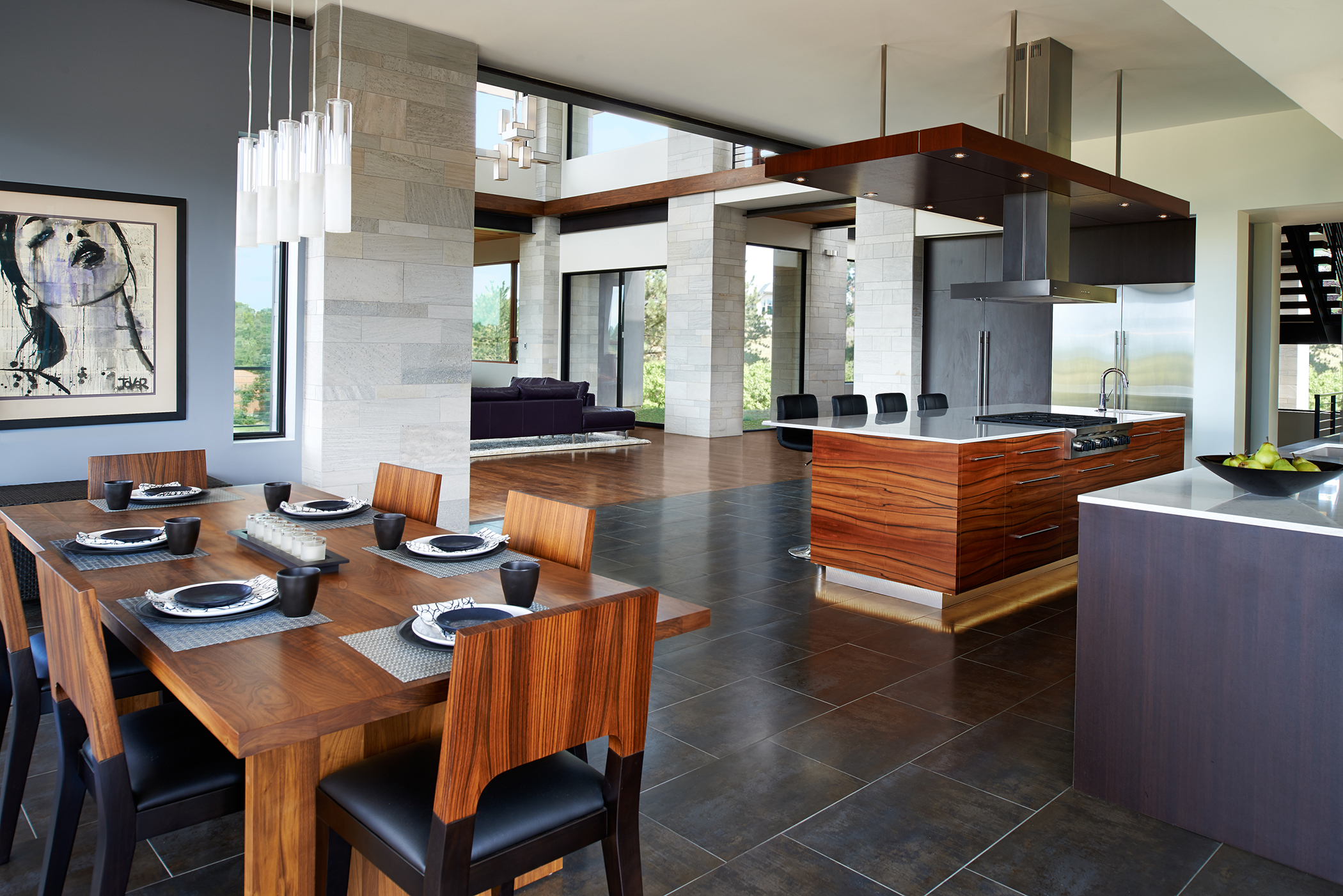 07-CHV Kitchen to Great Rm.jpg