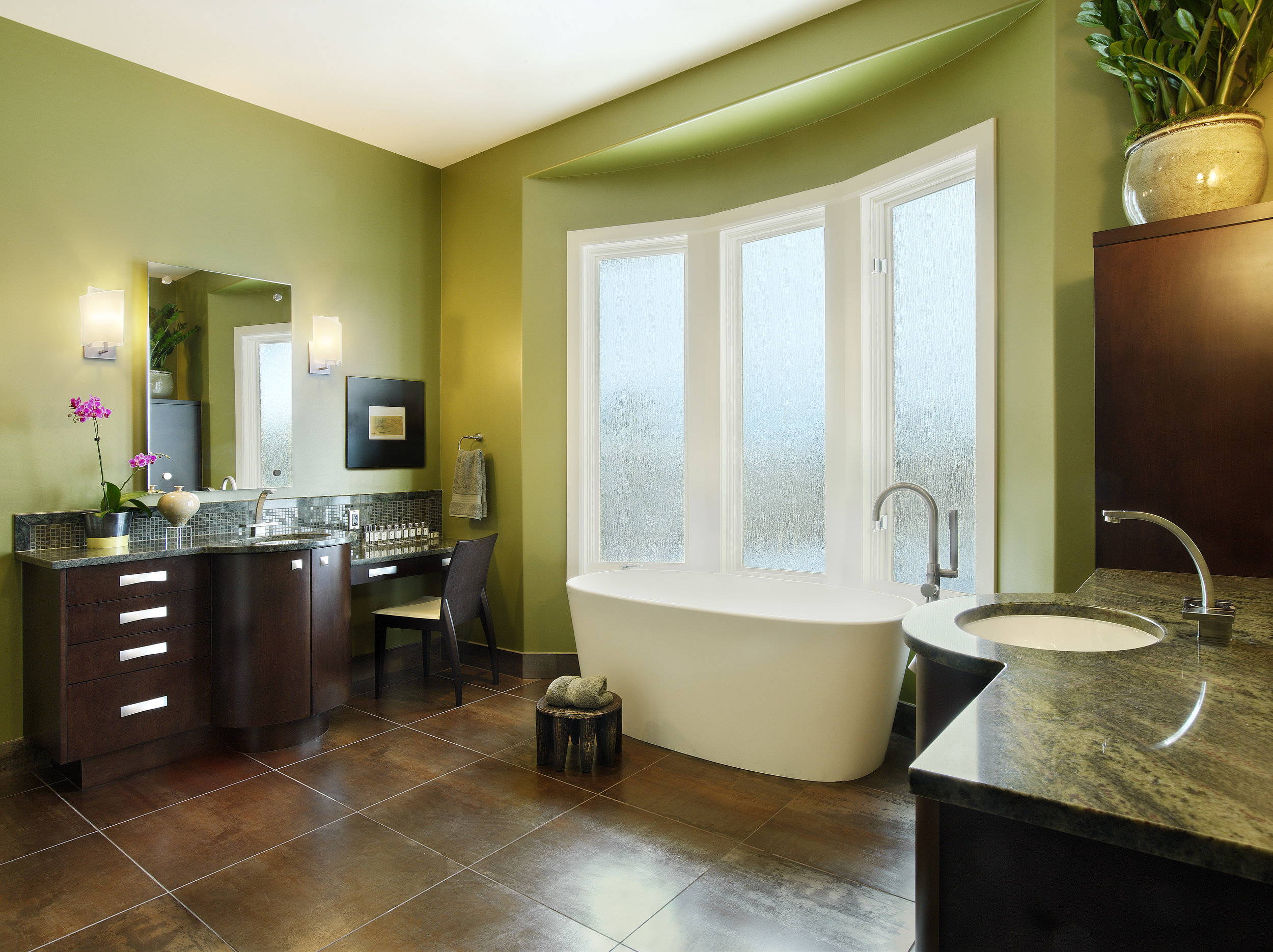 16-Castle-Pines-master bath.jpg