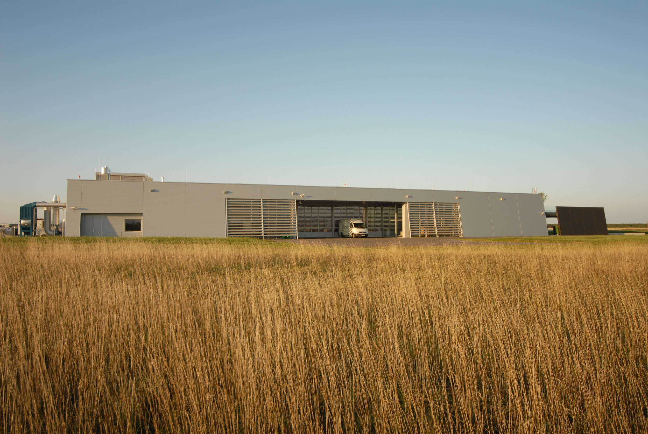 A01 architects - Production Facility Schiebel_(c) A01__web06.JPG