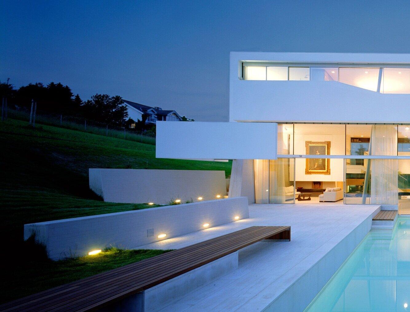 A dream in white as 'schmitzer-ish' extravagance? - Feature in print magazine Wohnen