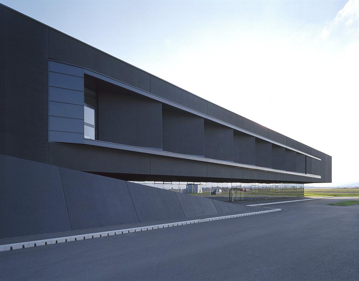 Facility Schiebel - in e-architect