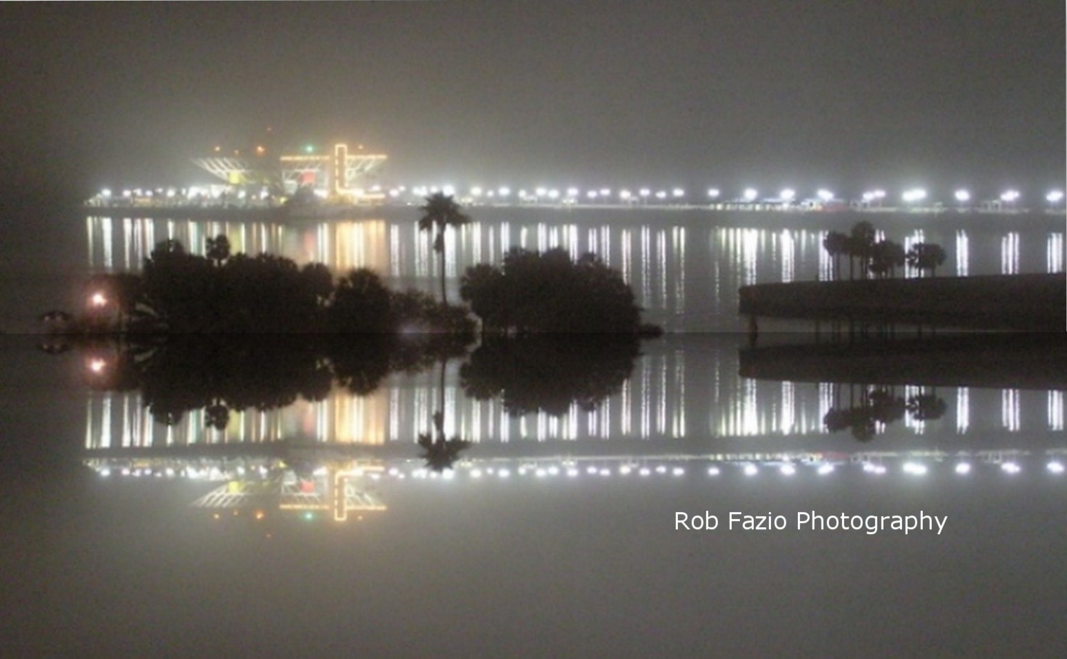 Pyramid Pier in the Mist, Reflection