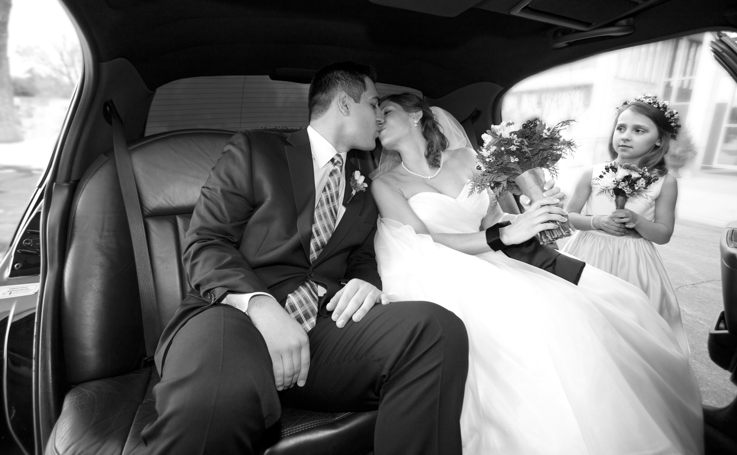Wedding photography couple in limo