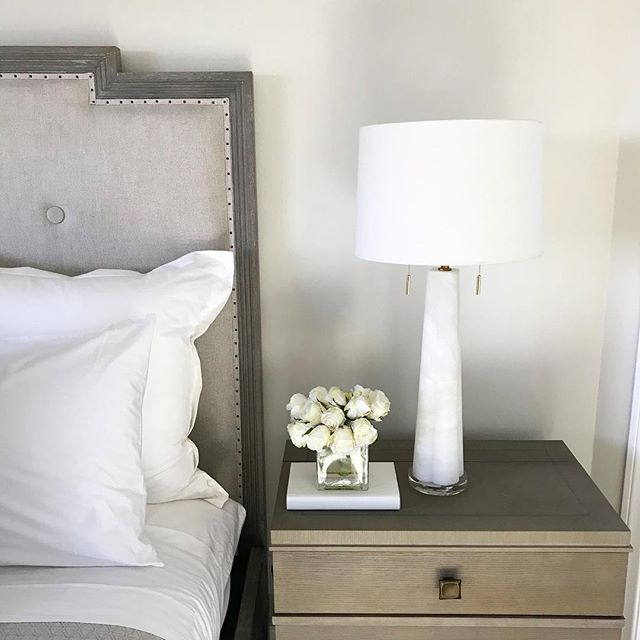 There's nothing better than fresh sheets and a pretty lamp! What's your favorite thing about your bedroom?  Shop these products and more at The Wonder Room. Link in bio for products sold on our online store! . . . #newport #interiordesign #interiordesigner #interiordesignerslife #costamesa #orangecounty #newportbeach #lagunabeach #architecturaldigest #wood #white #lamp #whiteroses #portstreets #freshsheets #beauty #gorgeous #curatedhome #thatsdarling #oc #wonderroomoc #tiffhunterhome