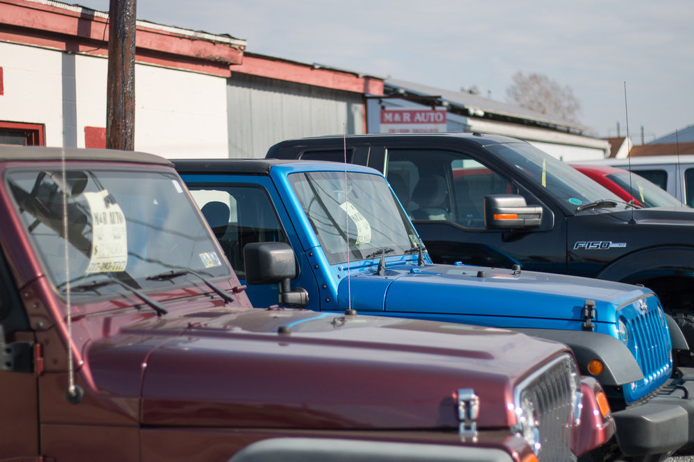 M and R Auto Center