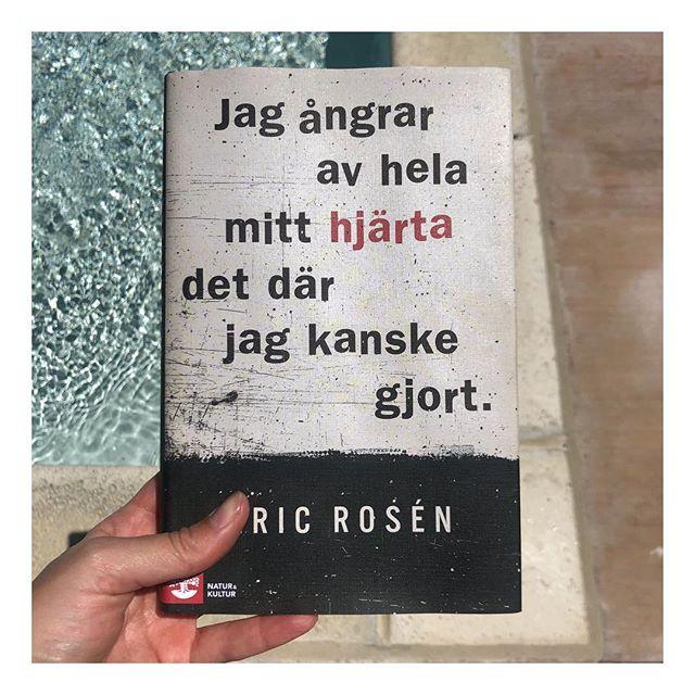Fantastisk fascinerande bok om Eric Roséns förhållande till hans morddömda pappa. Rekommenderas varmt.