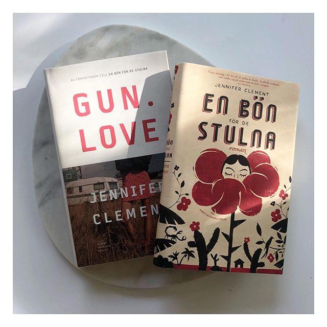 Jag har hittat en ny favoritförfattare, Jennifer Clement. Iallafall är dessa 2 böcker så fantastiskt välskrivna och jag blir helt hänförd. Dom har många likheter, så som miljöer och levnadsöden från de allra mest utsatta, men det bästa är mor och dotter relationerna. Läs! Och börja med En bön för de stulna.