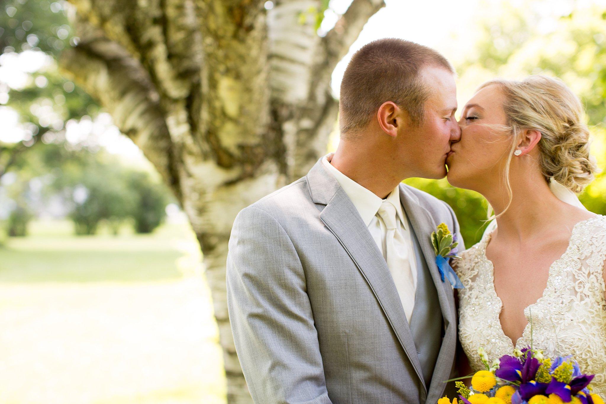 7Alice Hq Photography | Brit + Luke Southern MN Wedding.jpg