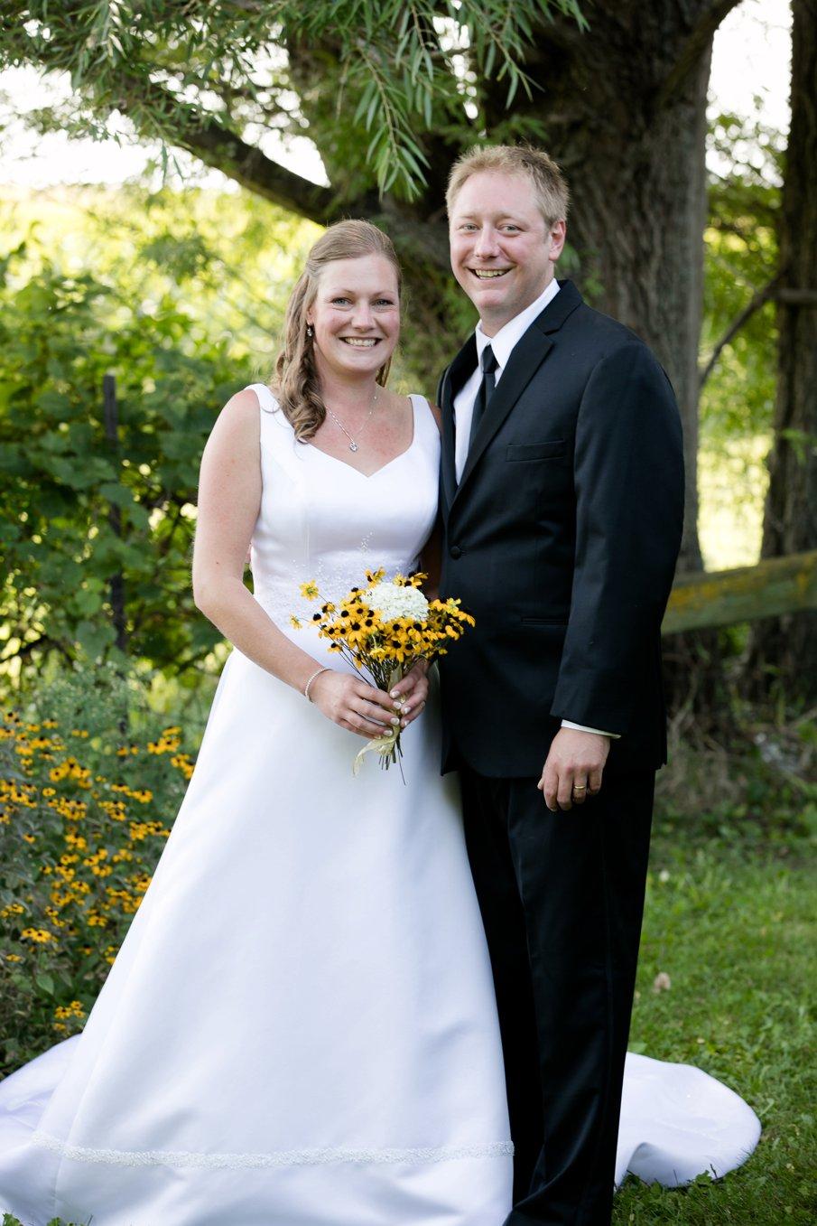 Alice Hq Photography | Tina + Chris | Southern MN Backyard wedding7.jpg
