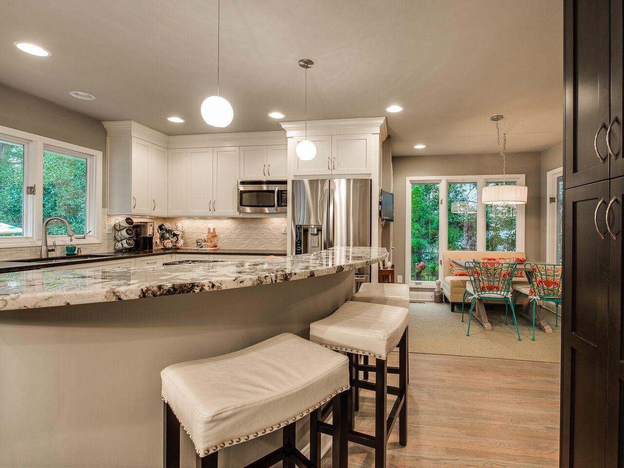 Medearis kitchen 2.jpg
