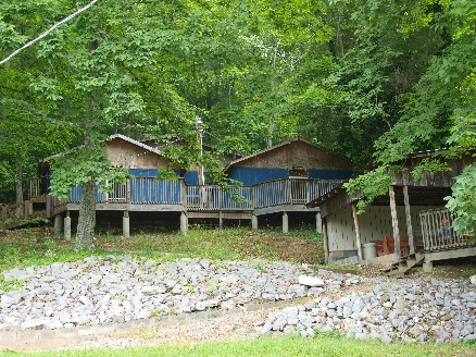 Girls Cabins (2).jpg
