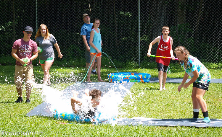 Sr.Camp'17-WaterDay.jpg