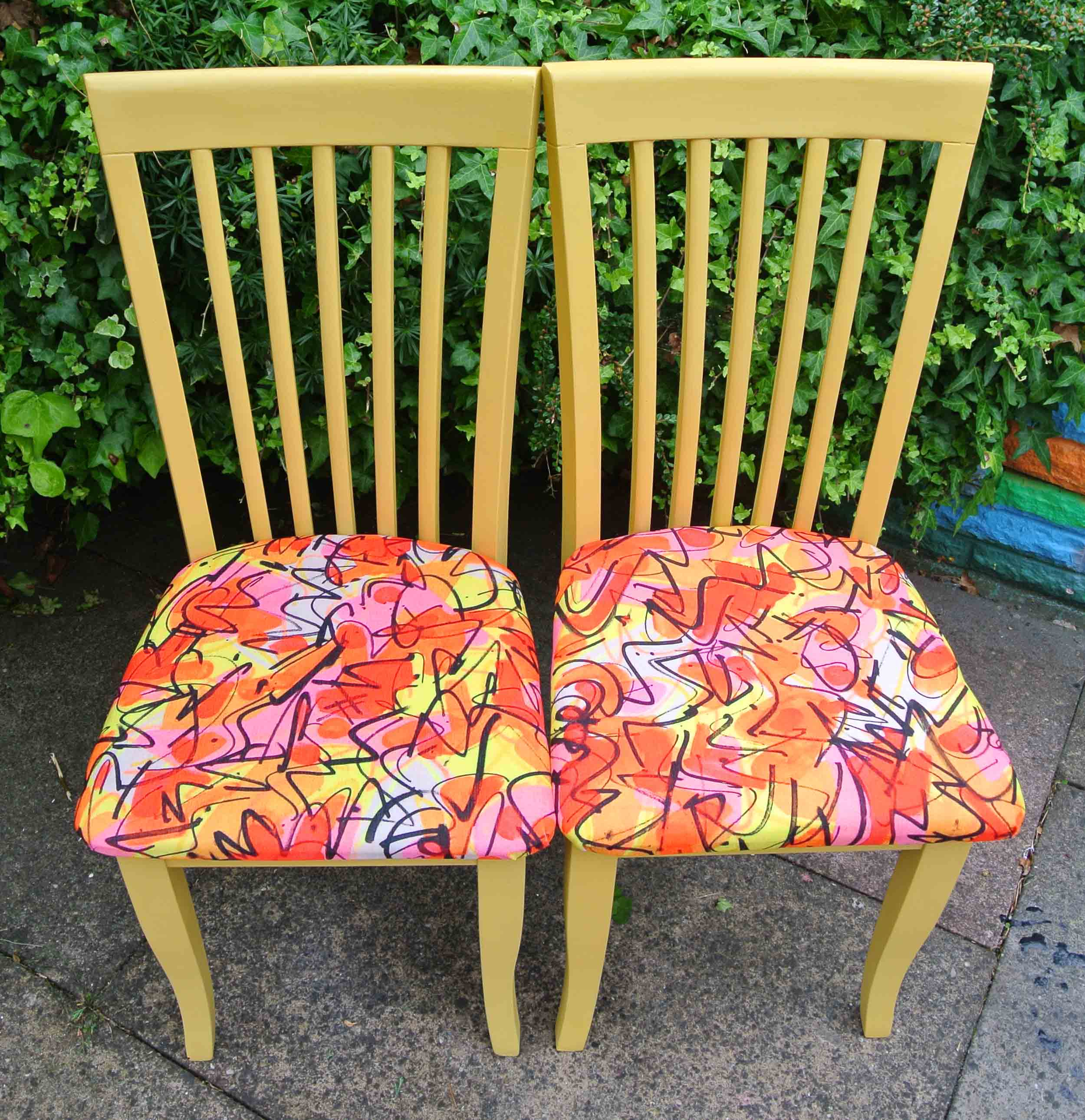 TANGZ dining chairs