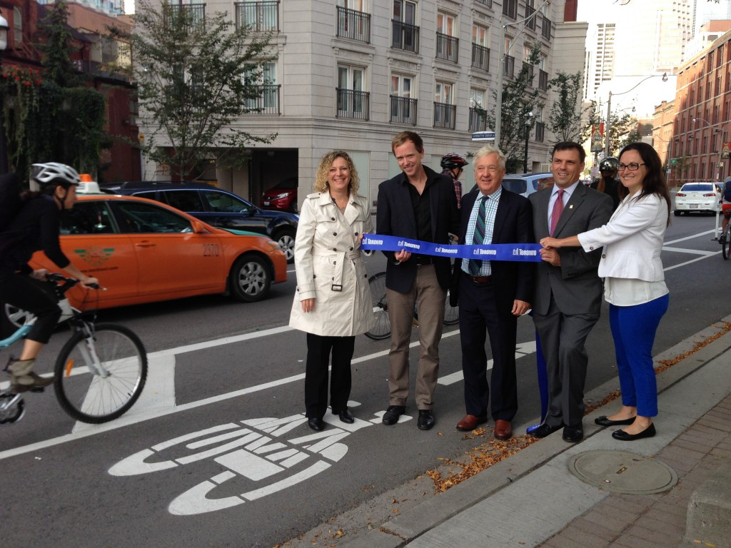 Opening the extended cycle track on Richmond with Jared Kolb, Executive Director of Cycle Toronto, Alan Heisey, Vice-Chair of the TTC, Stephen Buckley, General Manager of Transportation Services, and Jacquelyn Haywood Gulati, Manager of Cycling Infrastructure and Programs.