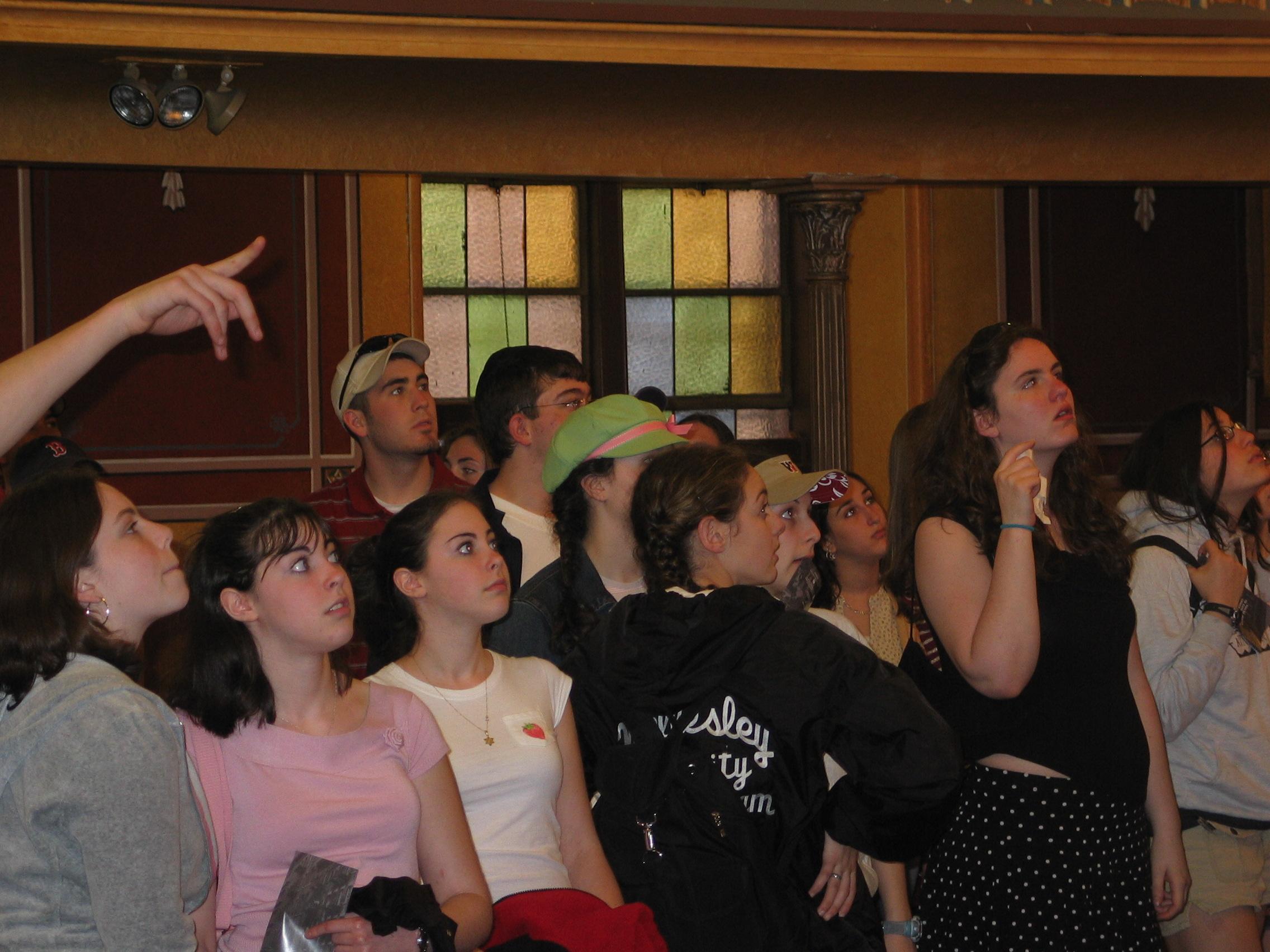 Children's Tour | Synagogue | LESJC