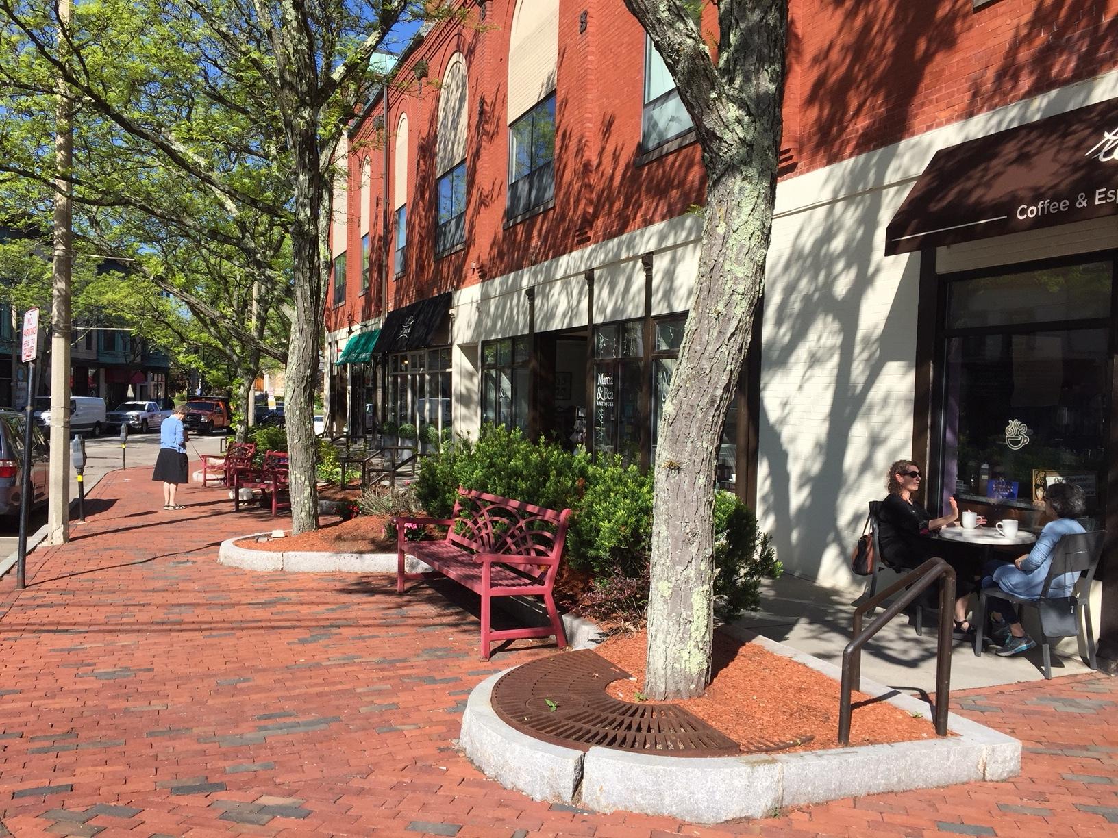 Newton Highlands - a walkable neighborhood