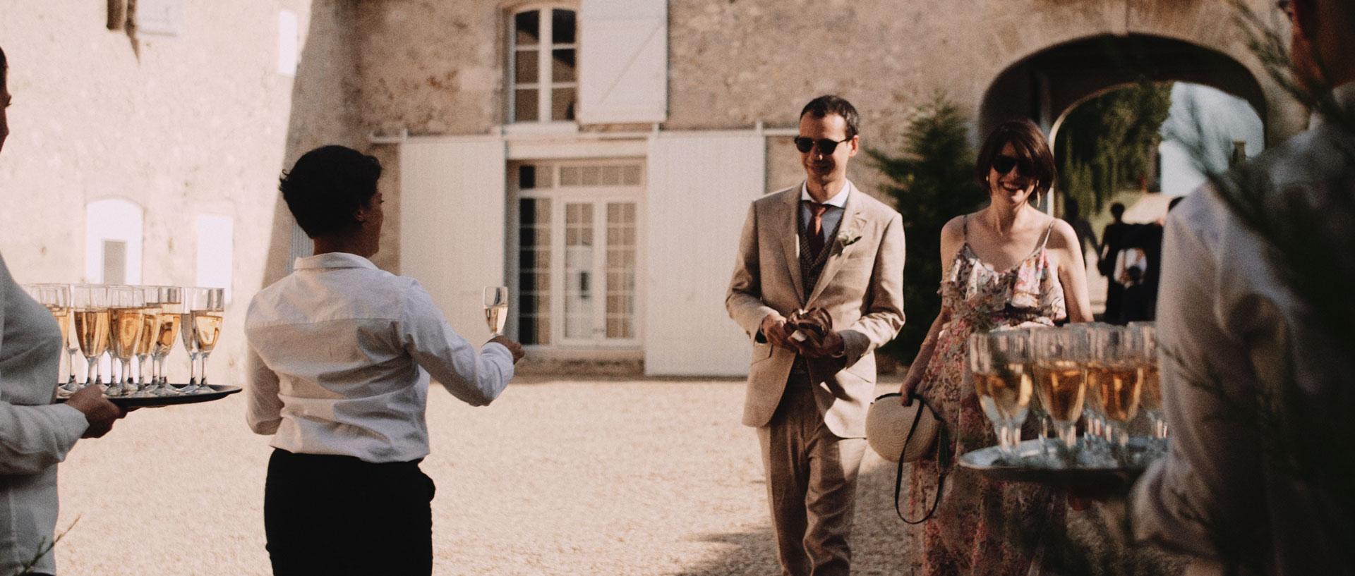 Lucie & Francois -  Chateau la Tourbeille Bordeaux Dordogne (16).jpg