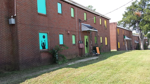 Temporary mural project by Memphis based artist Arnold Thompson