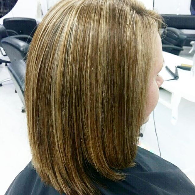 Half head of foils, done and dusted with a style cut finish 🙌🙌 slide to the collage to see the #before pics.  Check out our prices on  www.archerandco.co.nz or leave us a message to have one of our staff members to get in touch to talk more on our package deals 🙏❤ #foils #archerandco