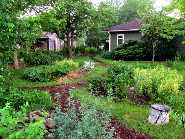 Home-of-Midwest-Permaculture-2014-Stelle-IL-640x480.jpg