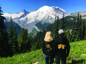 Mt.+Rainier+Small+Group+Tour.jpg