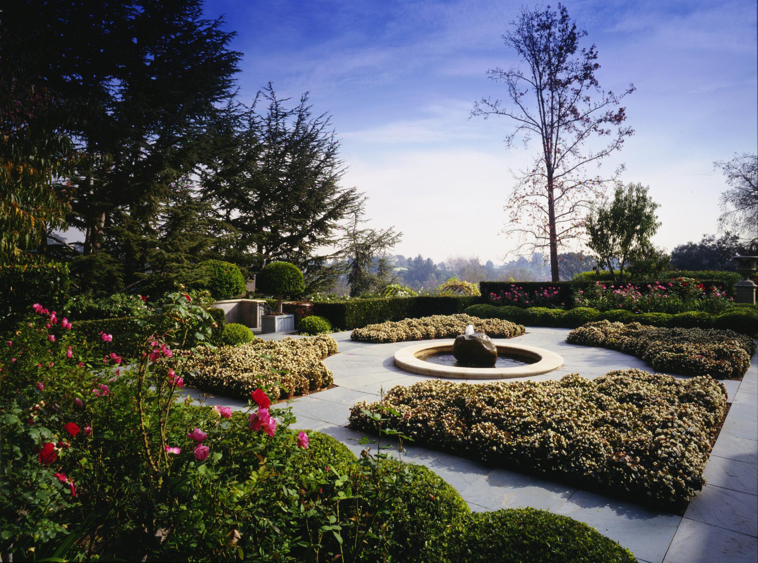 Ballagio_Garden_.jpg