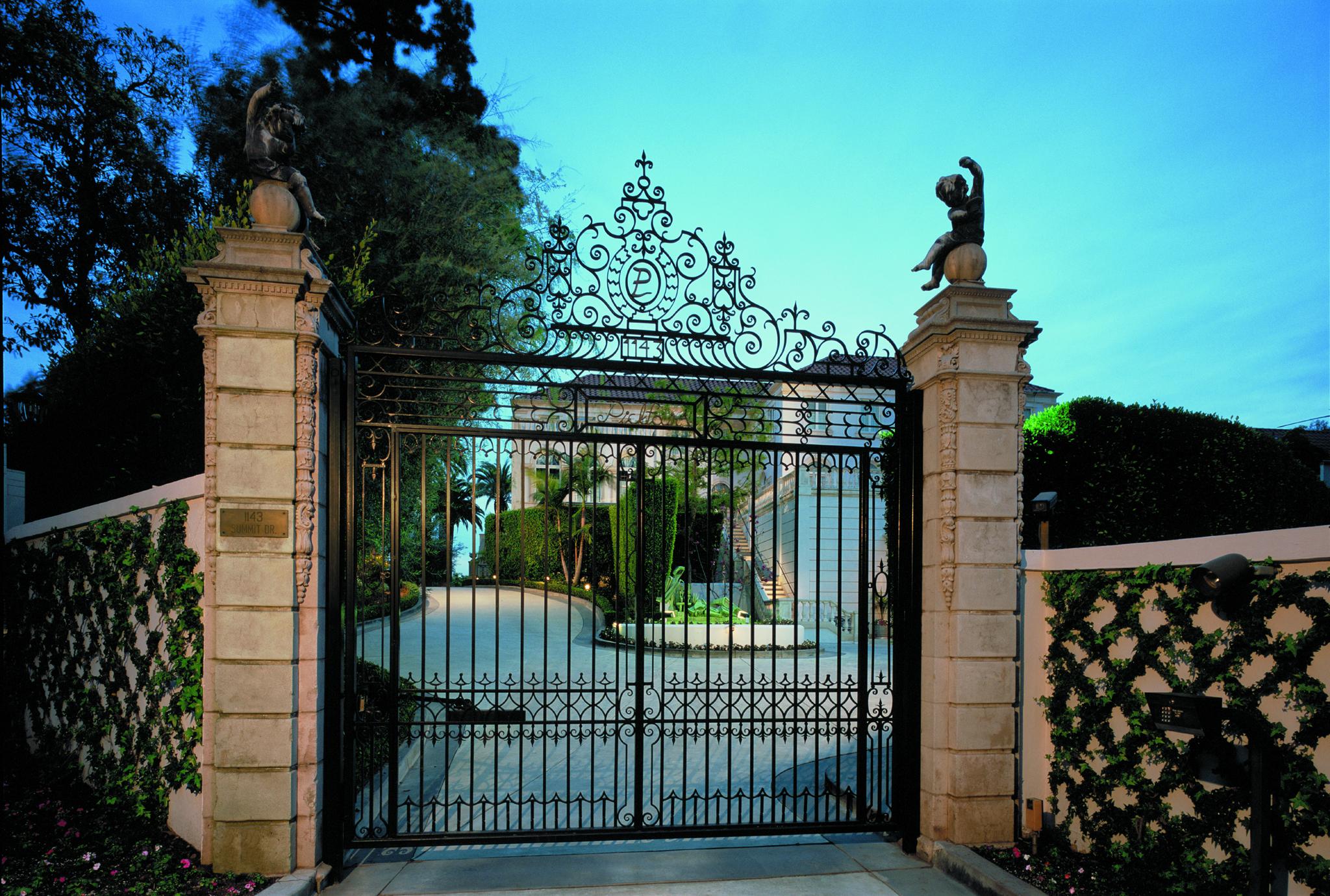 Twilight Gate.jpg