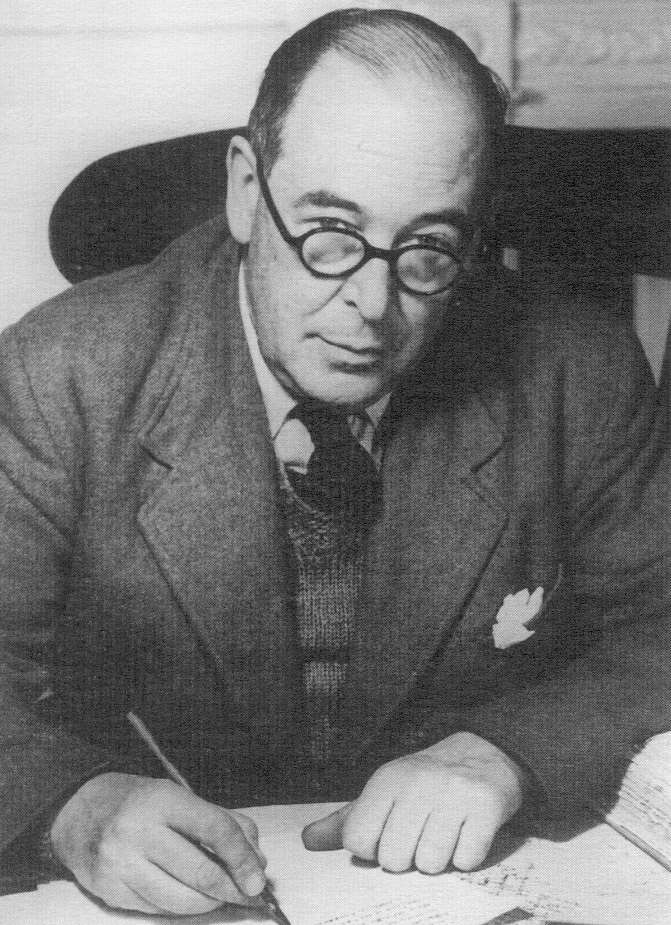 """""""I do not wish the ordinary reader to read no modern books. But if he must read only the new or only the old, I would advise him to read the old.""""—CS Lewis"""