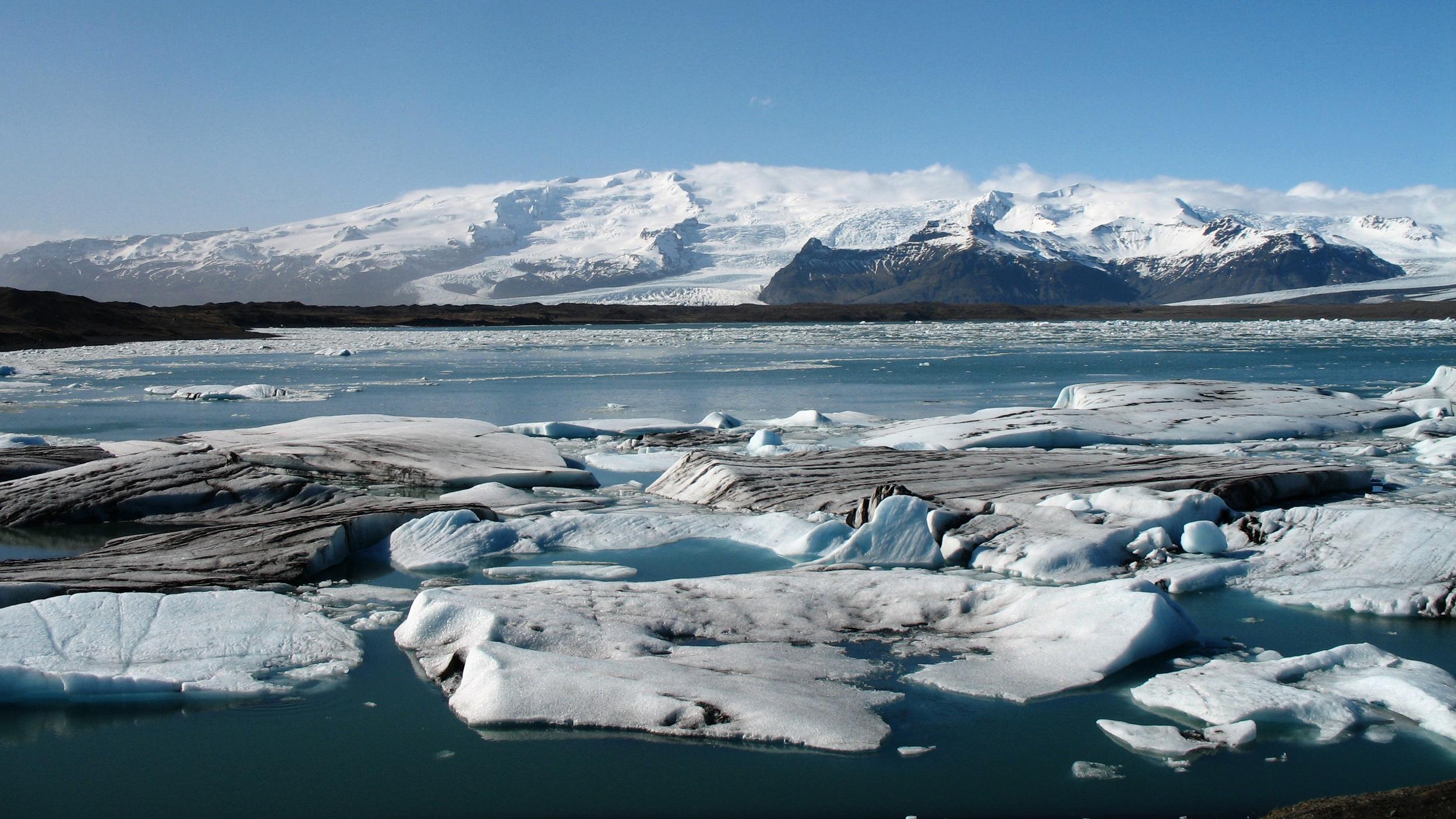 iceland glacier.JPG