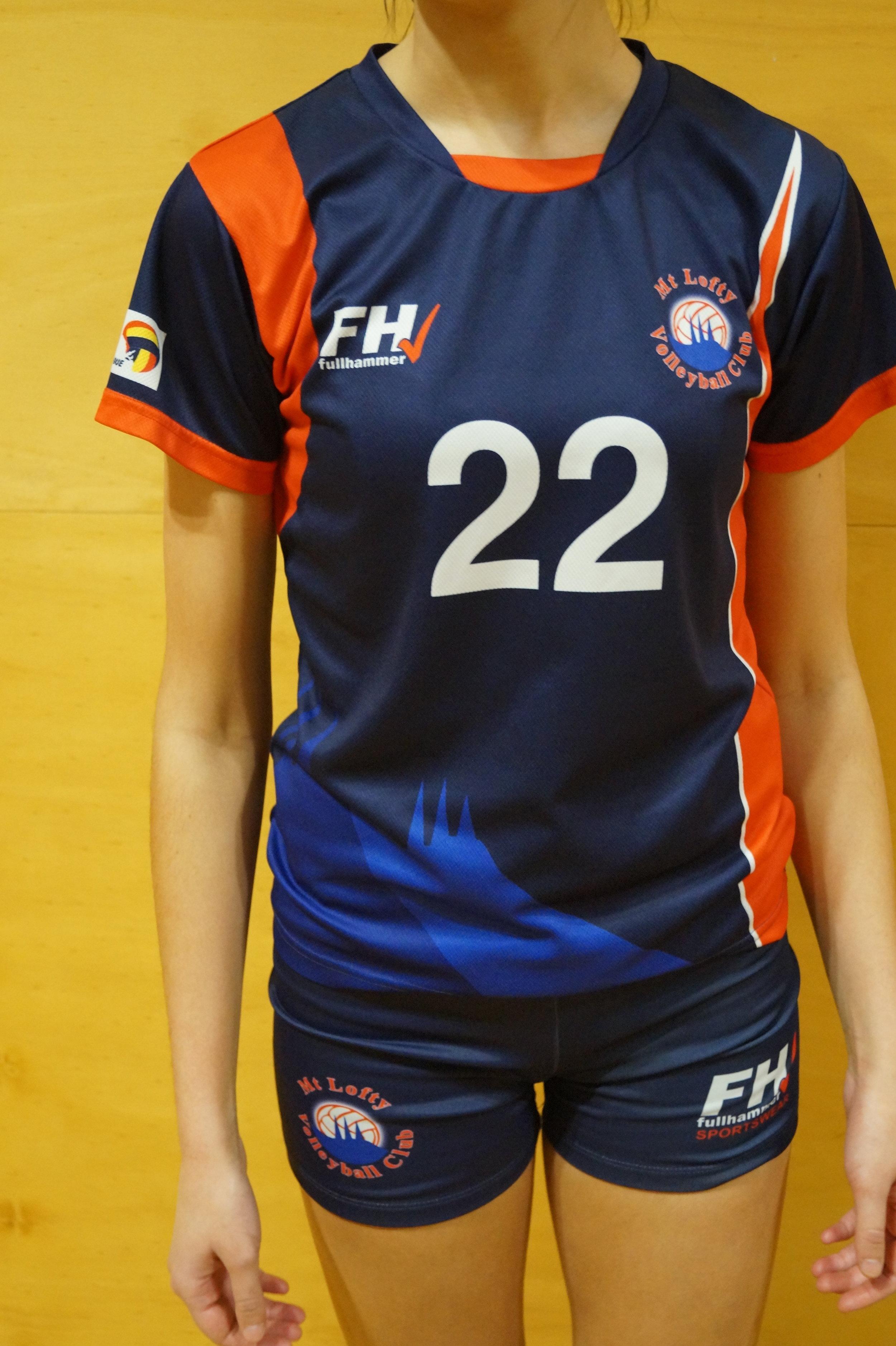 Womens uniform 2.JPG