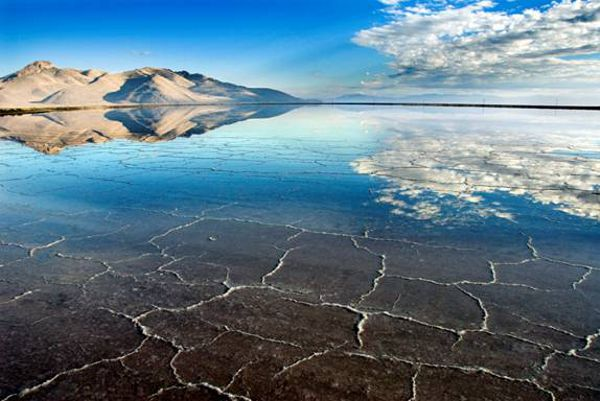 Great-salt-lake-utah-activity-tours-limousine-rental-services-2.jpg