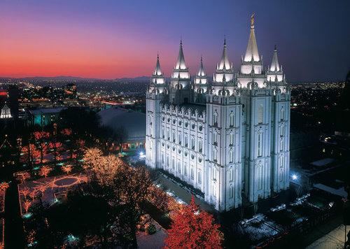 Temple-Square-Christmas-Lights-Tour-Limousine-Rental-Services.jpg