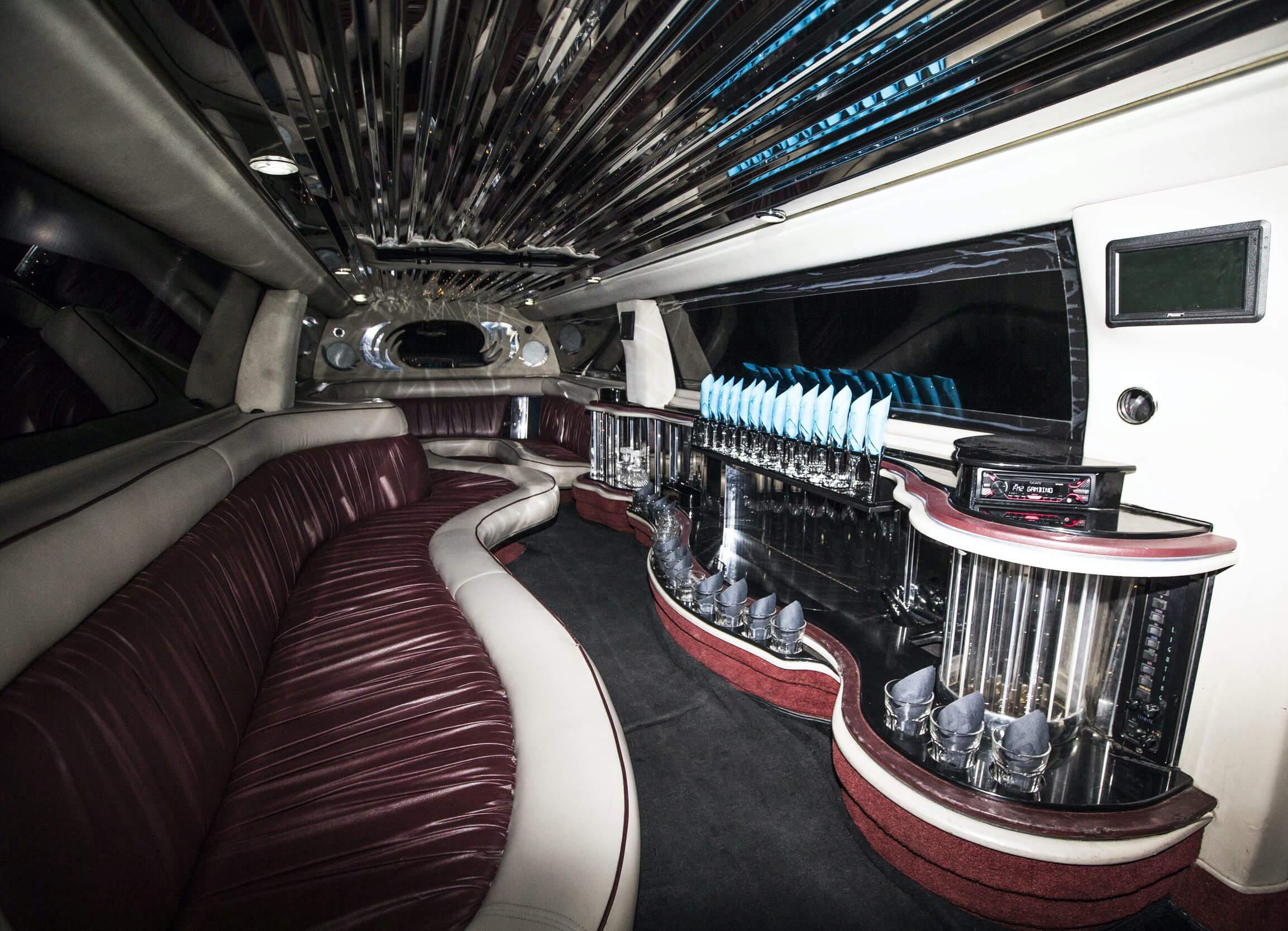 Prom Services and Prom Rental Utah - Divine Limousine.jpg