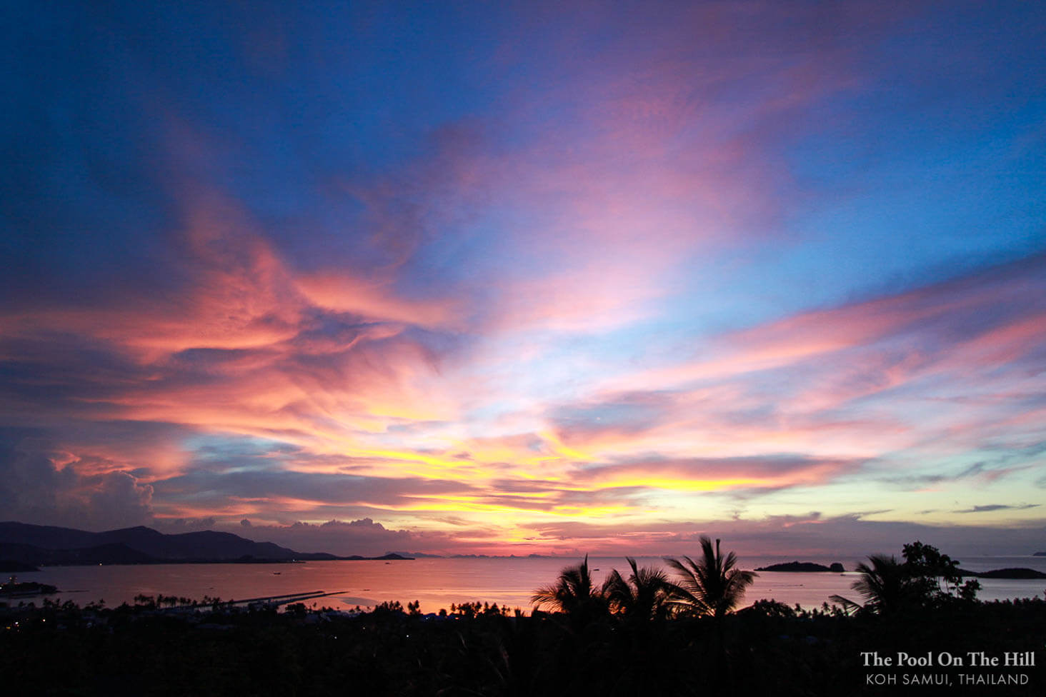 How to rent a villa in Thailand? Make sure that the sunset views in villa photos are definitely sunsets (not sunrises!).