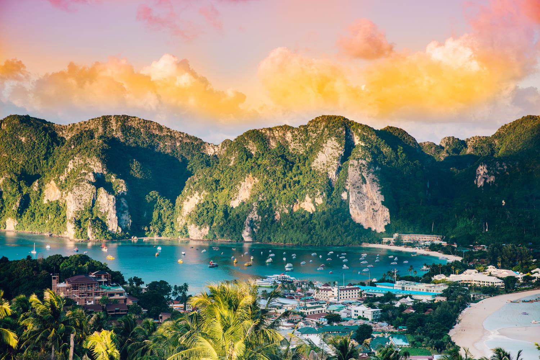 Thailand-Travel-Tips-200.jpg