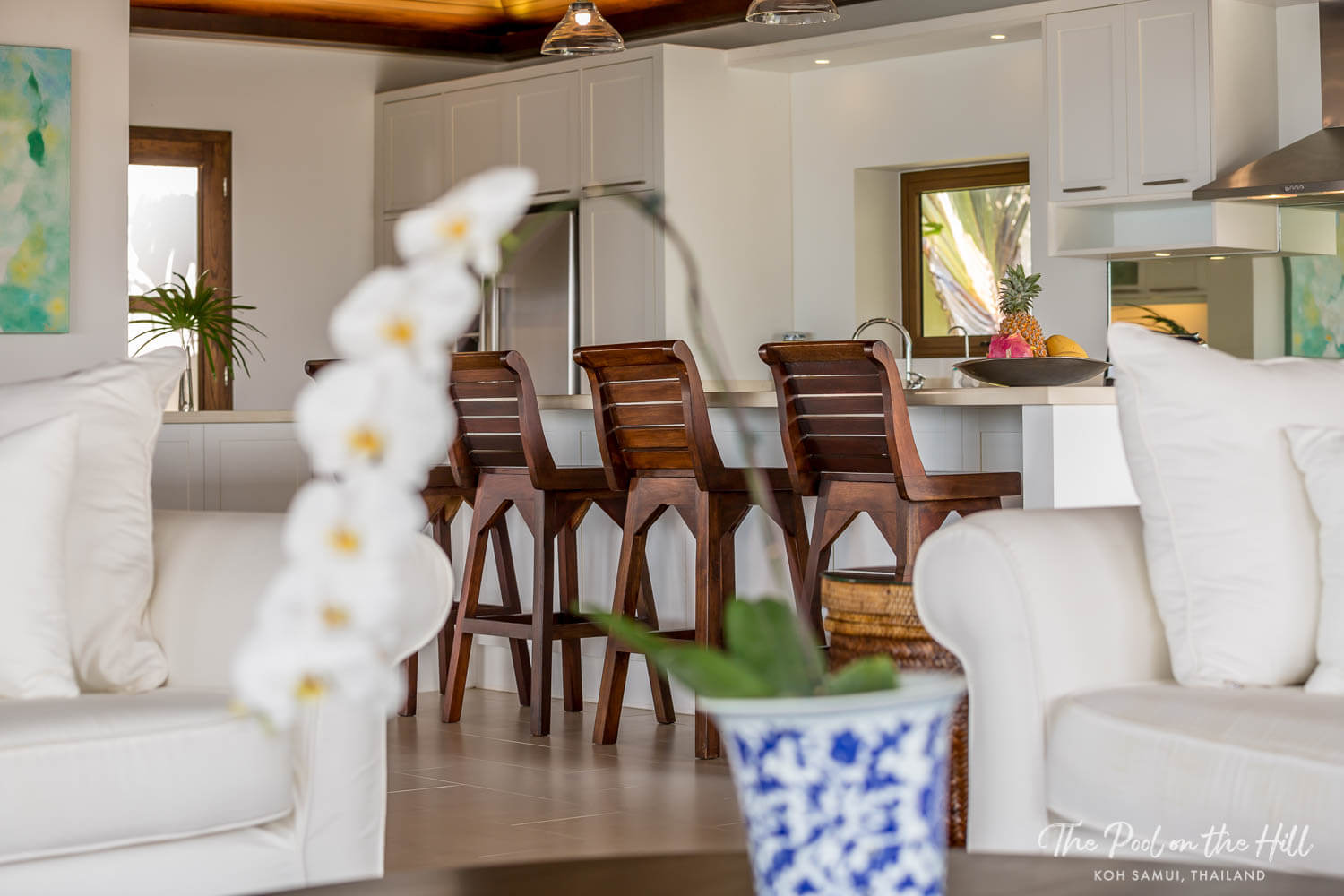 Villa in Thailand: Discover your in-villa dining options at The Pool on the Hill, including pre-stocking grocery services. Tropical Thai fruit is an obvious choice!