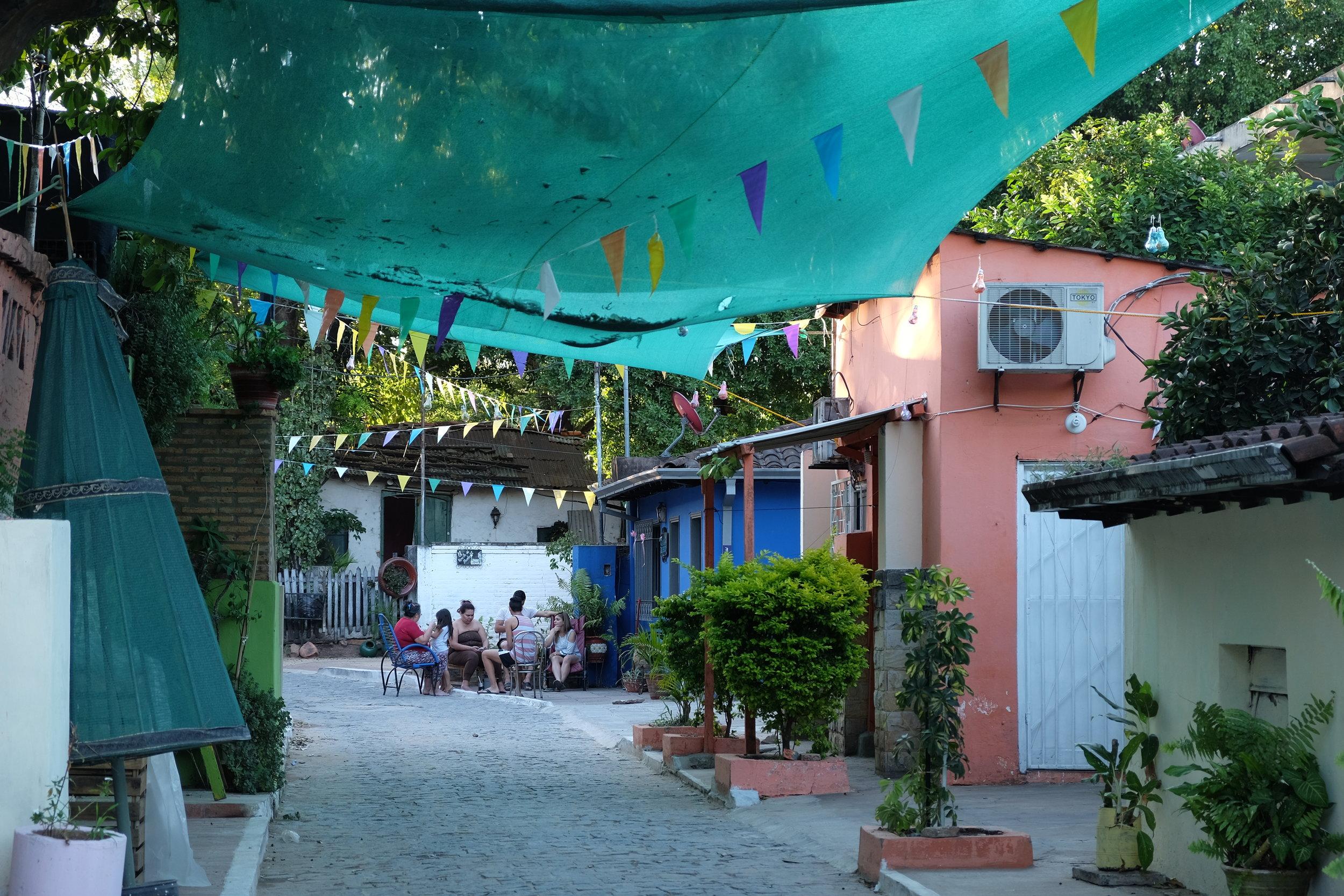 Calles Sinuosas de San Jerónimo, Asunción    Winding Streets of San Jerónimo, Asunción
