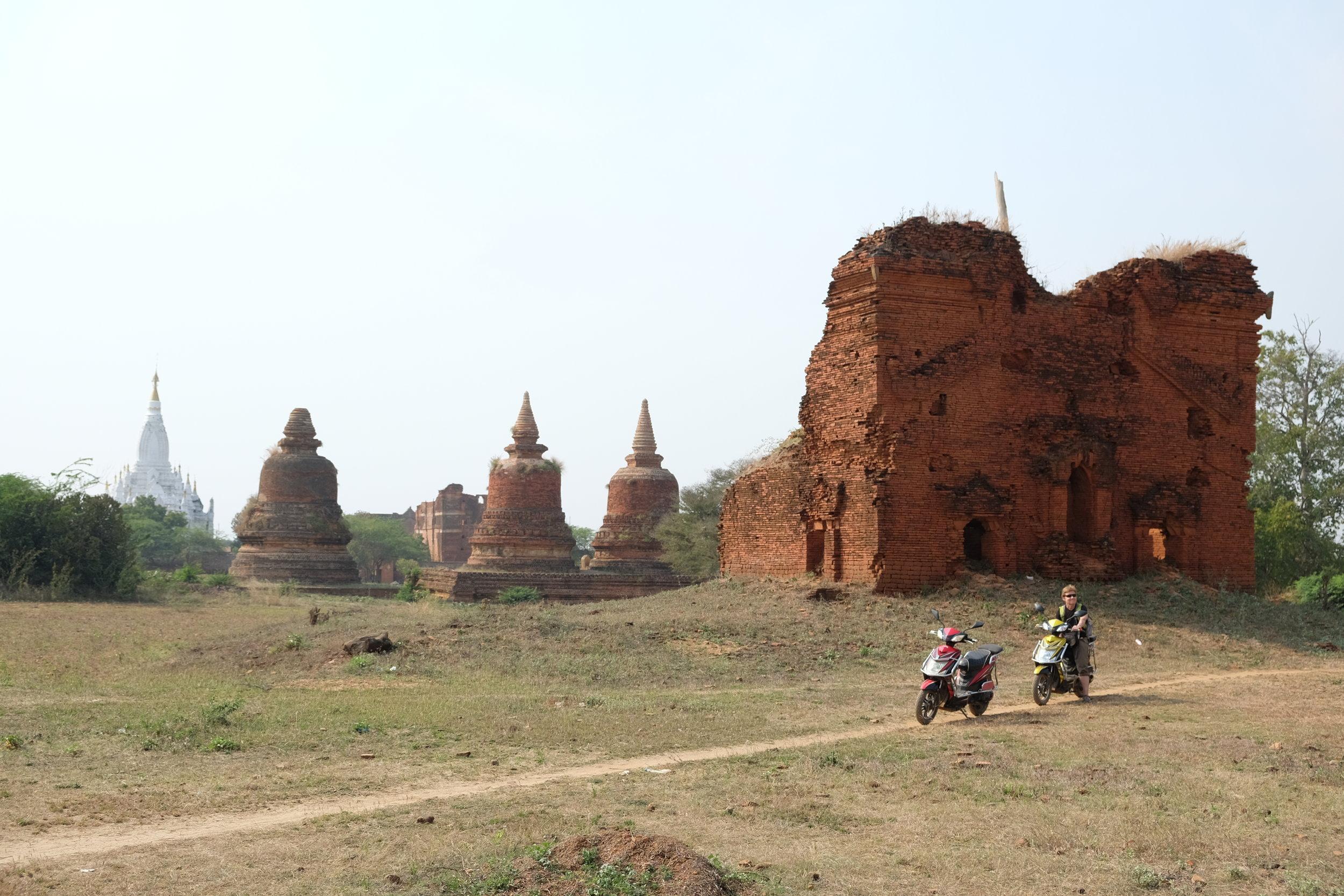 Exploring the back roads of Bagan