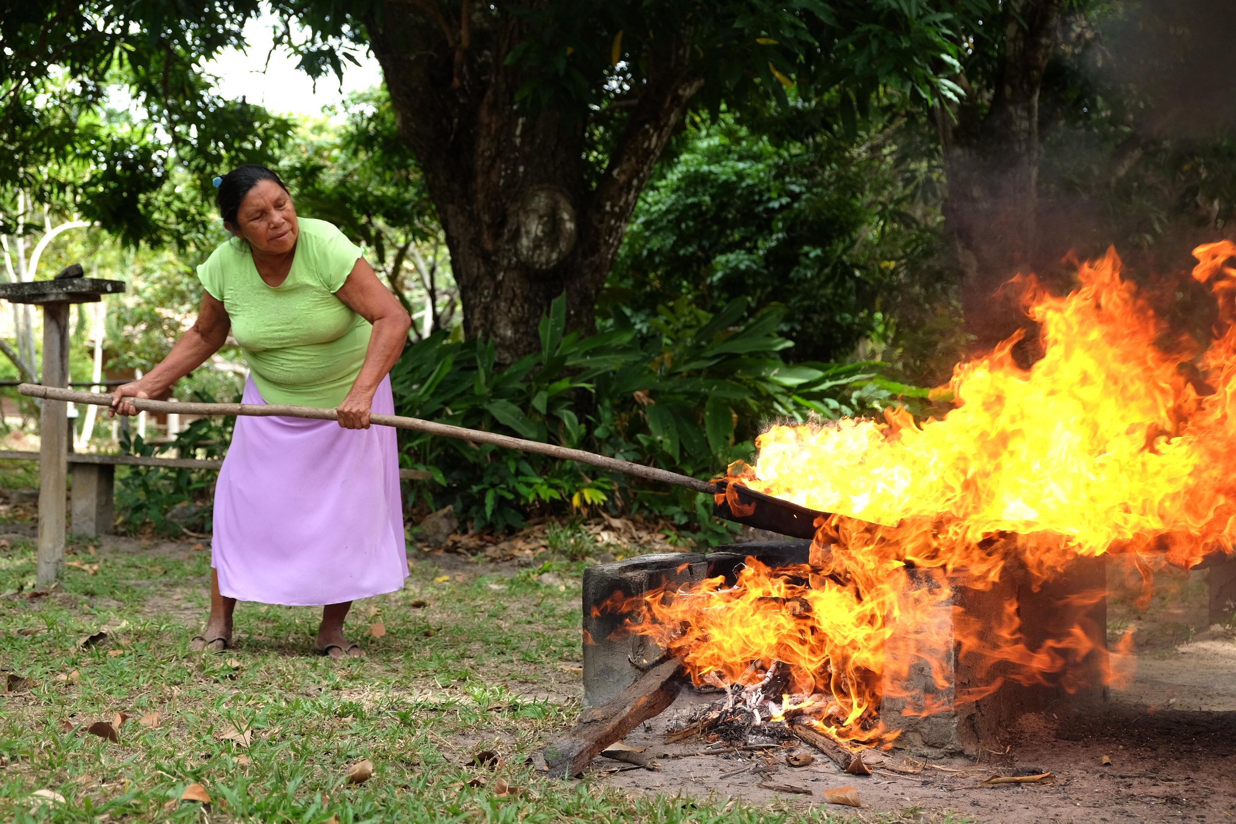 🎵 CASHEWS ROASTING ON AN OPEN FIRE 🎶
