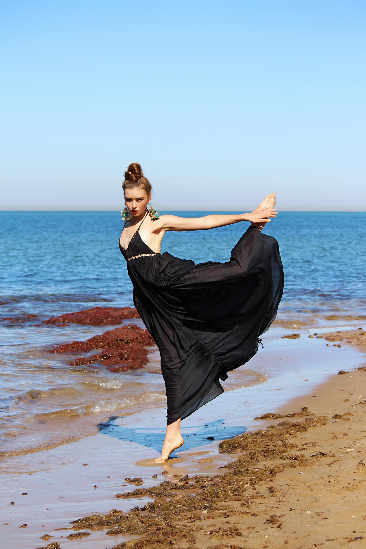 DEEP OCEAN  Photographer - Aqua Angel Productions  Talent - Lisa Von Berky Neon Model Management  Hair & Make Up - Carly Stone  Styling - Style Ministry  Earrings - Adorne | Dress - Sass & Bide