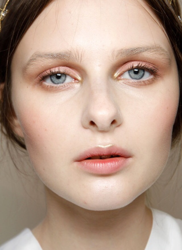 natural peach make up fair skin.jpg
