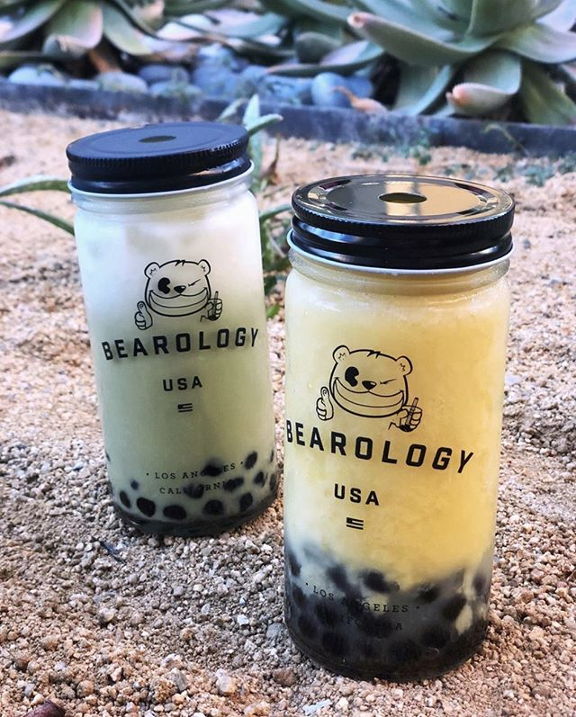 We know, we know. There's been a lot love being shown to our #Shimmering series. However, we just can't get enough of the colors! 😍 Here's some other goodies that is a MUST. ⁠ ✴︎⁠ Featuring our #Matcha #Latte + #Mango Smoothie ✴︎⁠ Matcha Latte—⁠An earthy and mildy sweetened matcha milk tea topped with milk ✴︎⁠ Mango Smoothie—⁠Perfectly ripened mangos blended with a rich non-dairy creamer