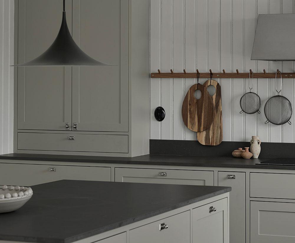 Nordiska-Kök-green-shaker-kitchen.jpg