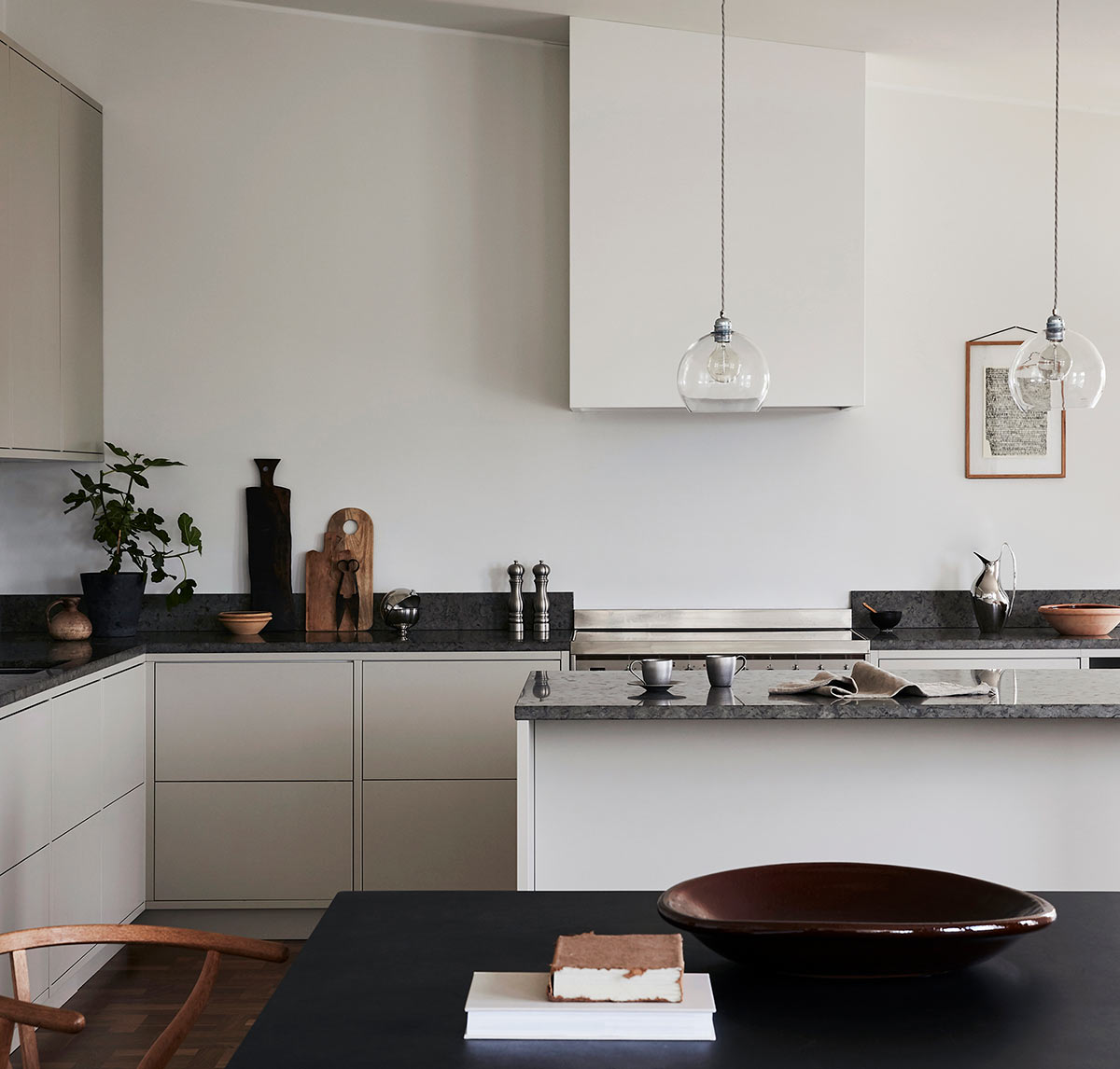 Modern in frame grey kitchen, smeg ranger and white fan