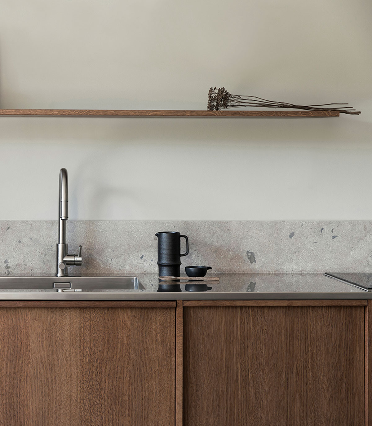Wooden kitchen inspiration with limestone countertop