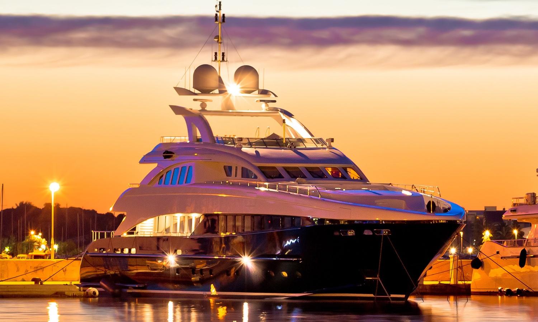 ….Wir bringen Innovation und Qualität auf die 7 Weltmeere..We bring innovation and quality onto the 7 seas…. -